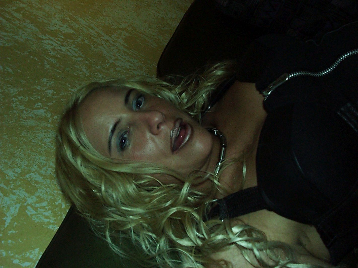 lüsterne Blondine